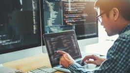Żarty informatyczne – przegląd najzabawniejszych dowcipów o informatykach